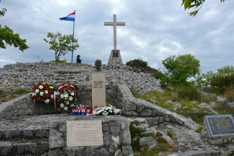 POLAÈA, 01.05.2020., koronavirus 29. obljetnica pogibelji Franko Lisica iz Bibinja (24. 09. 1968.- 02. 05. 1991.) na brdu Štrkovaæa iznad Polaèe...